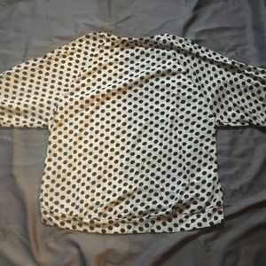 Forever 21 Tops - SALE NWT Forever 21 Cream/Black Knit Top